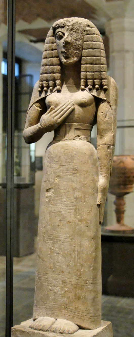 lady_of_auxerre_louvre_ma3098_n1