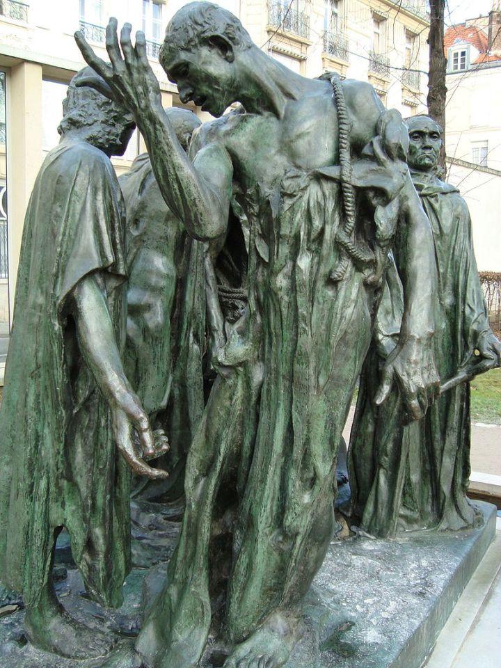 800px-Bourgeois_de_Calais,_musée_Rodin.JPG