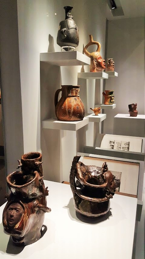 Vases statues