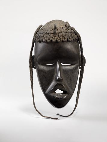 Masque féminin © musée du quai Branly - Jacques Chirac, photo Claude Germain