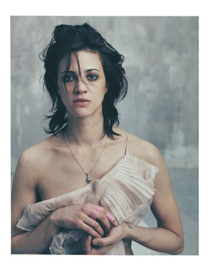 bettina_rheims_1715_asia_argento_polaroid_no_2_fe_vrier_2005_paris