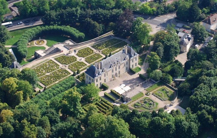 CHATEAU_AUVERS_Chateau Auvers